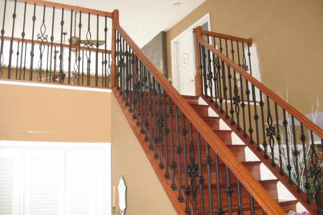 From Knee Walls To A Decorative Metal Baluster System